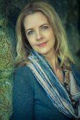 Author Interview: Lori Benton & Many Sparrows