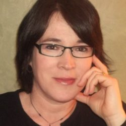 Author Interview (and a Giveaway!): Sara Davison