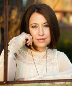 Author Interview (and a Giveaway!): Lauren Brandenburg