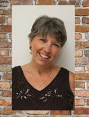 Author Interview: Glynis Belec